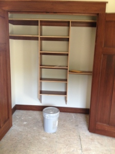 Double-door closet